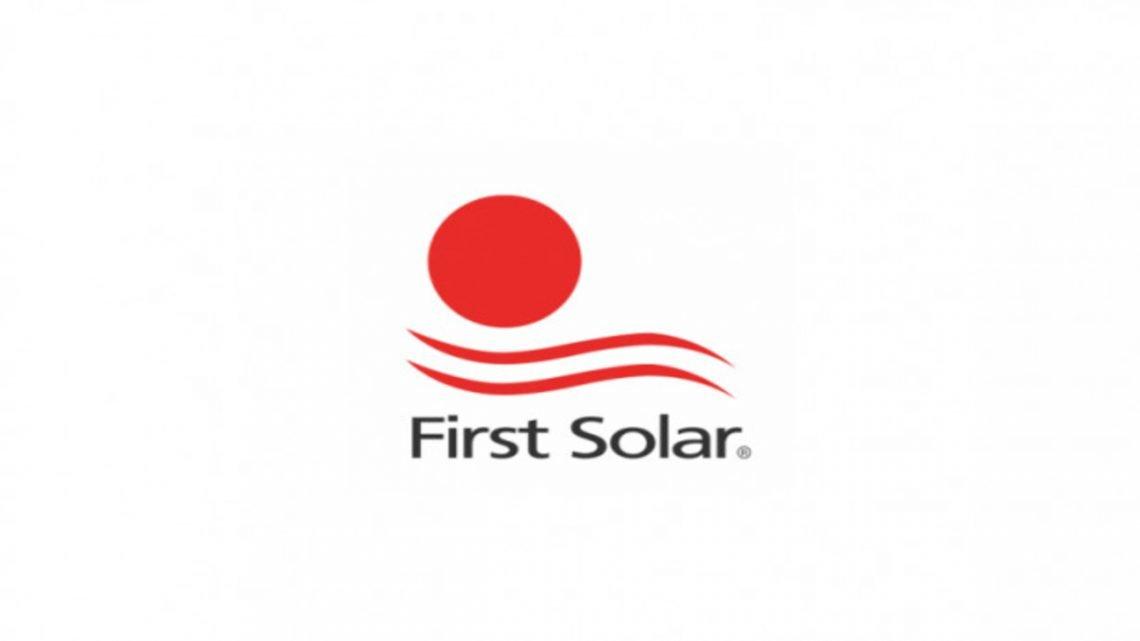1 Kjøpe First Solar aksjer uten kurtasje investering kursmål tekniske analyser kursutvikling anbefalinger