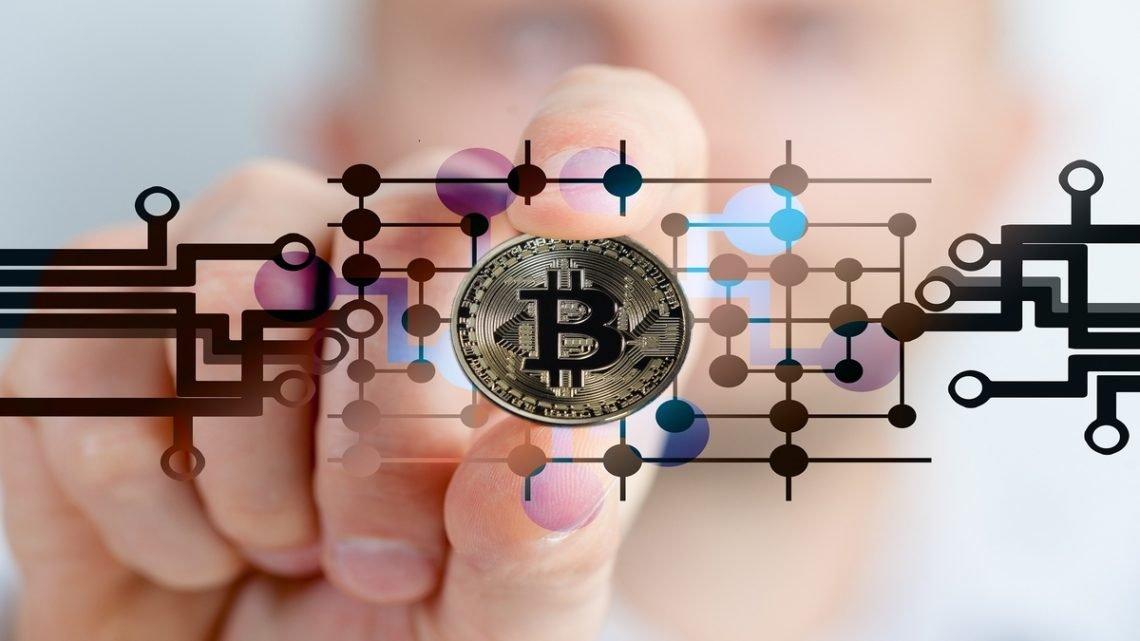 Kjøpe ARK Bitcoin ETF uten kurtasje ARKB børsnotert fond
