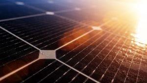 Kjøpe solenergi aksjer uten kurtasje investere investering eksempler
