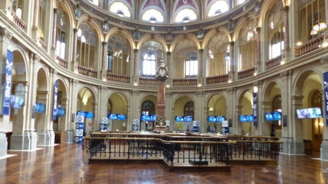 Kurtasjefri aksjehandel på Madrid Stock Exchange bolsa de madrid investere kjøp aksjer spanske spania